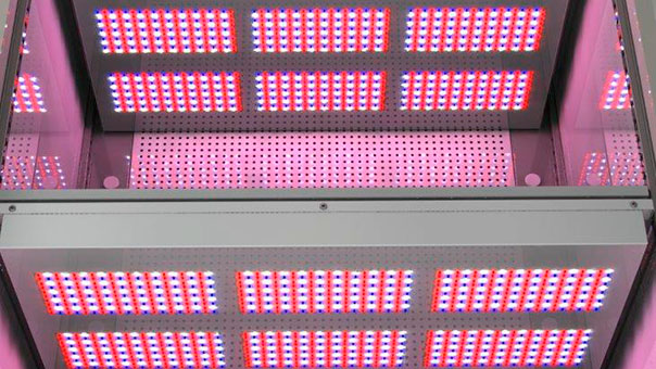 M-2-Schrank-LED-2.jpg